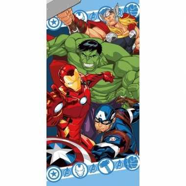 Katoenen badlaken met avengers print 70 x140 cm
